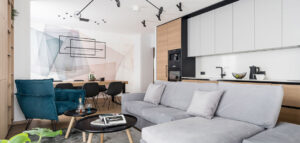 Ciepłe i przytulne wnętrza 4-pokojego mieszkania