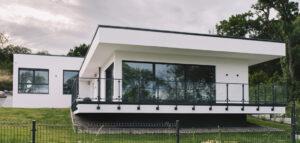 Dom nad rzeką projektu DISM Architekci